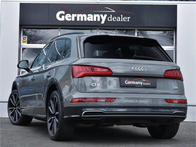 Audi Q5 3.0TDI 286 pk quattro Lucht S-Line Head-Up B&O LED Pano Standk ACC Carbon 21-Inch afbeelding 3