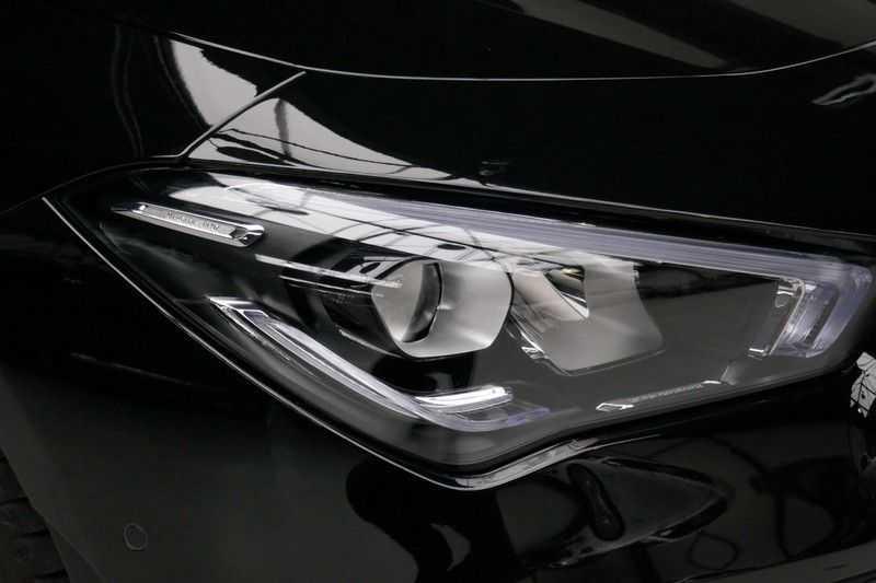 Mercedes-Benz CLA-Klasse 200 d /// AMG Edition 1 Nightpakket - Sfeer verlichting afbeelding 10