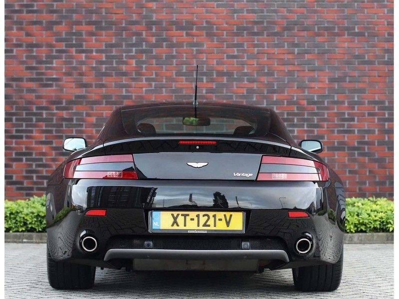 Aston Martin V8 Vantage 4.3 V8 *Handgeschakeld*Cruise Control*Youngtimer!* afbeelding 22