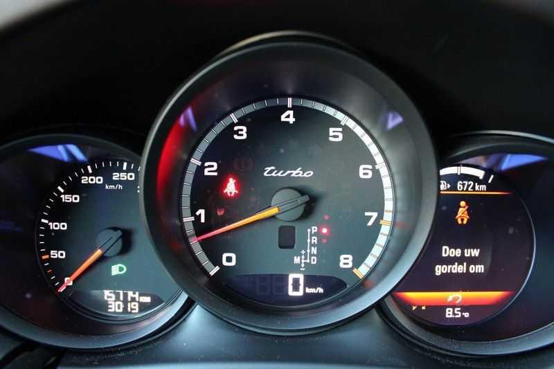Porsche Macan 2.9 Turbo Zeer kompleet! afbeelding 2