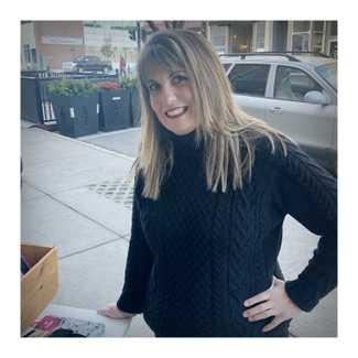 Alison Sheri 's Perfect Turtleneck Sweater