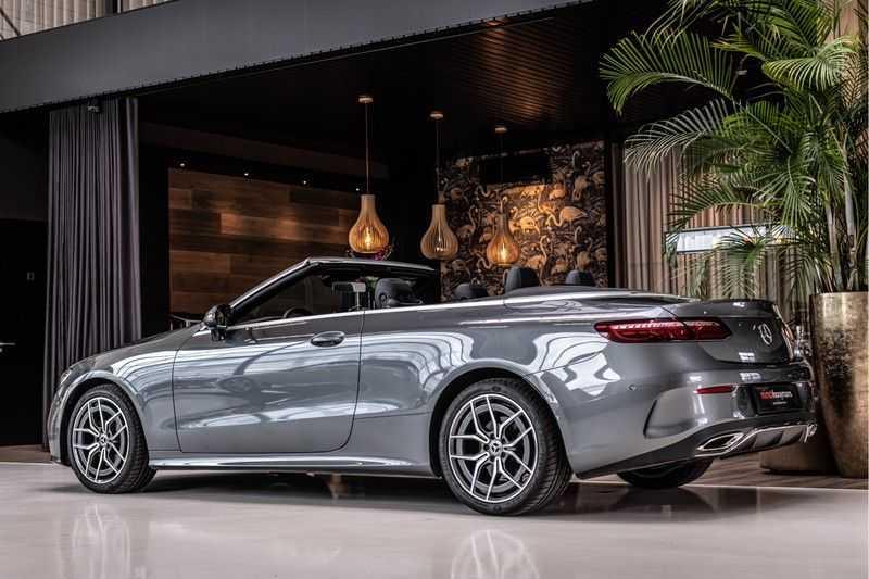 Mercedes-Benz E-Klasse Cabrio 300 AMG   Nieuw Model!   Head-up Display   Memory   Drivers Package   afbeelding 3