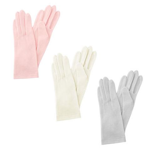 肌側シルクうるおい手袋4