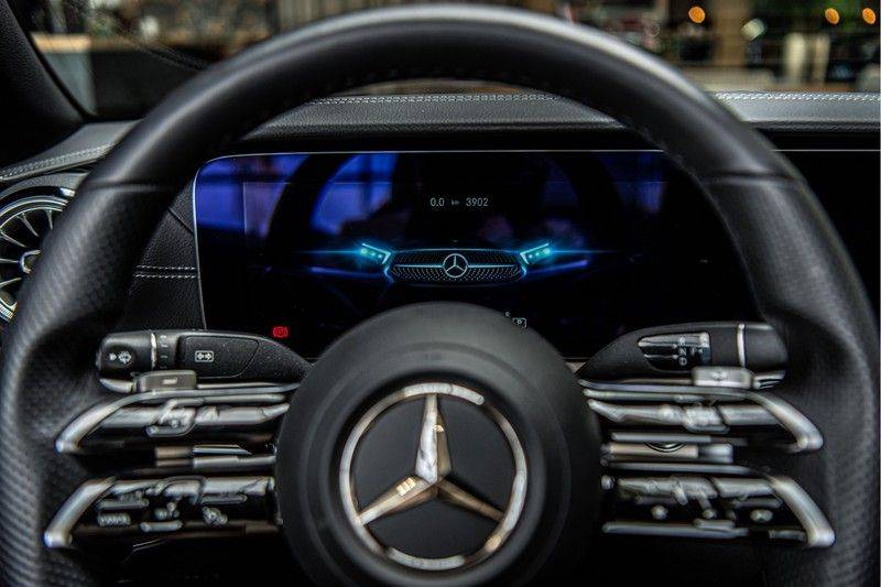 Mercedes-Benz E-Klasse Cabrio 300 AMG | Nieuw Model! | Head-up Display | Memory | Drivers Package | afbeelding 13