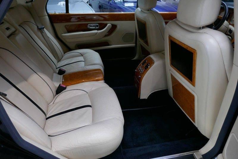 Bentley Arnage 6.8 V8 T Mulliner LWB (1 van 95 st) Youngtimer . afbeelding 25