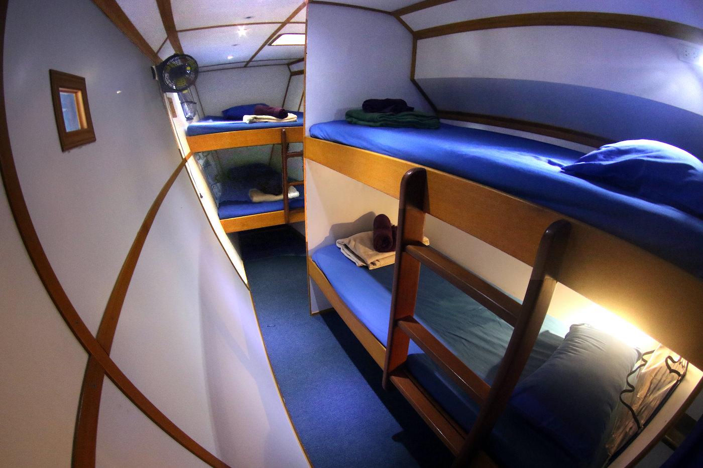 Sibon Baru Surf Charter Catamaran Mentawai Telos Banyaks Cabins