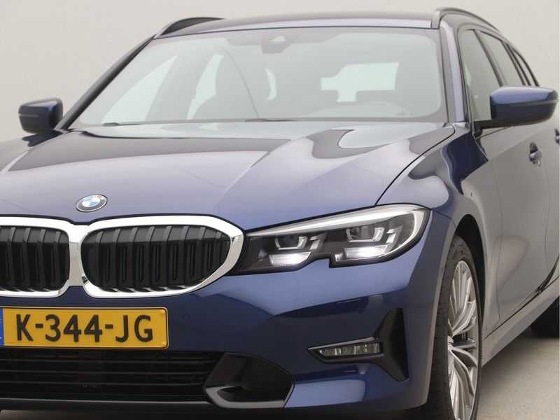 BMW 3 Serie Touring 318i High Executive Sport Line Automaat afbeelding 21