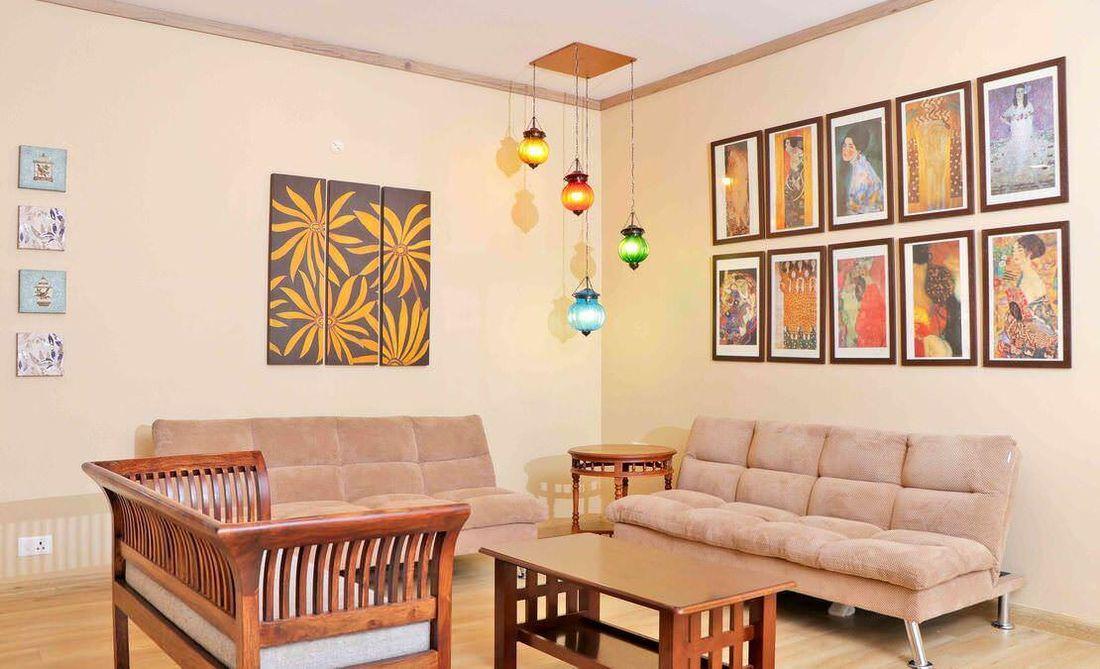 Living Room at Streamside Marigold