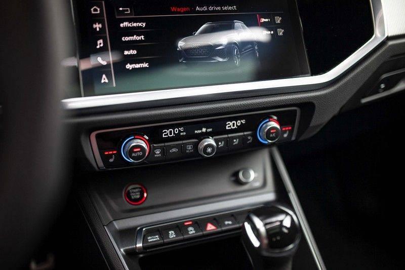 Audi RS Q3 2.5 TFSI Quattro *B&O / Pano / ACC / RS Sportstoelen / Sportuitlaat / Trekhaak* afbeelding 20