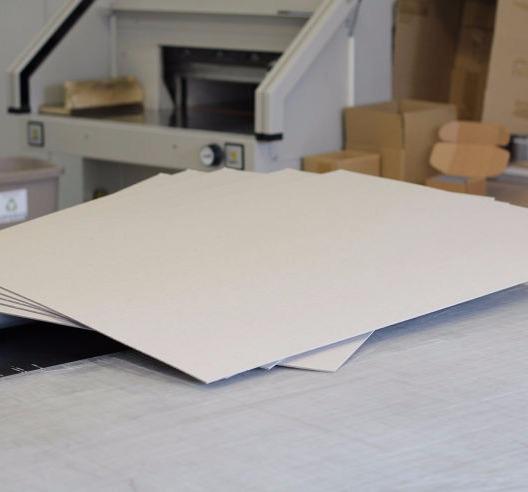 Planšetų spausdinimas, klijavimas