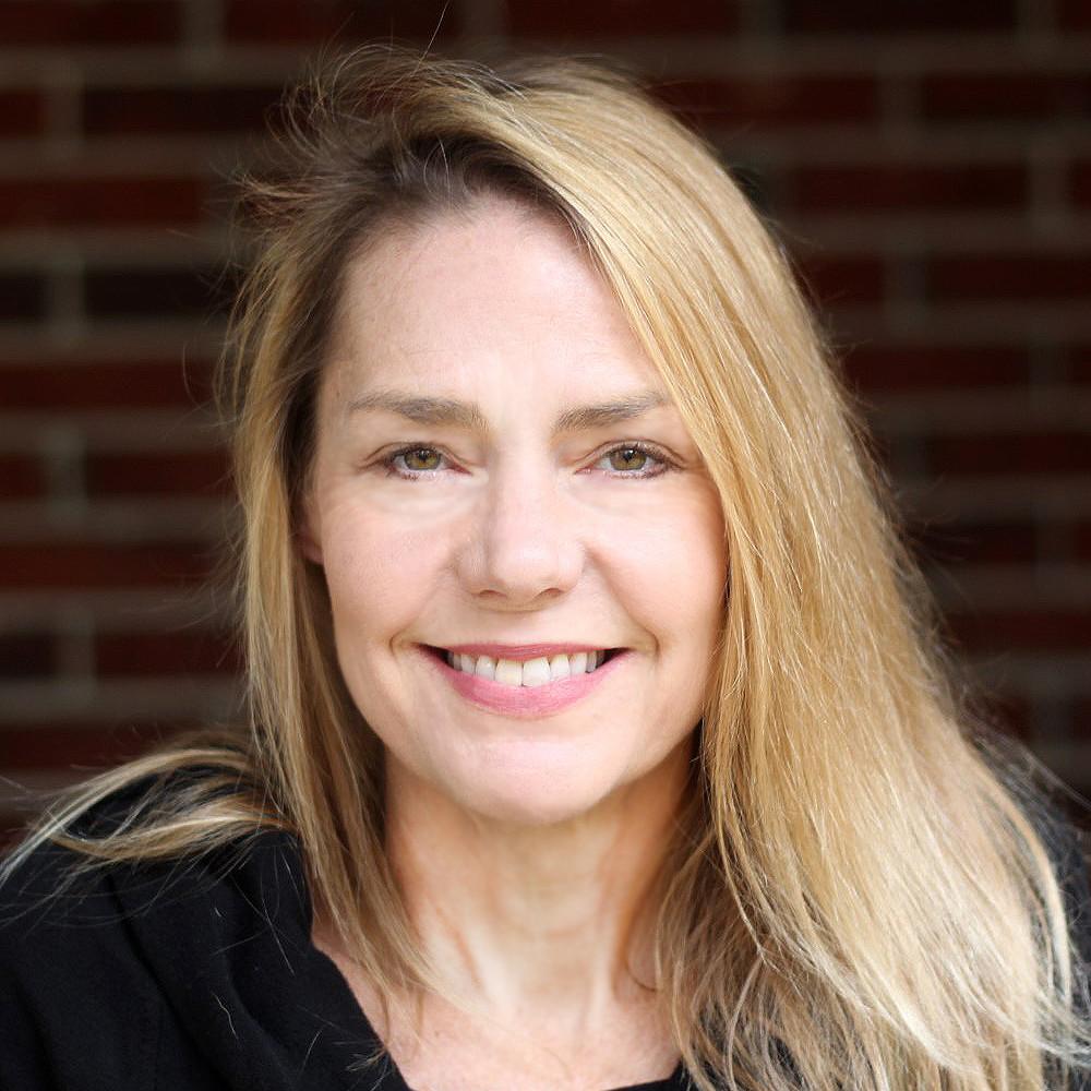 Jennifer Allan Hagedorn providing testimonial for virtual backgrounds