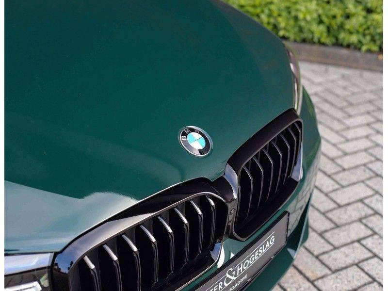 BMW 5 Serie 540i x-Drive *British Racing Green*HUD*Pano*Trekhaak* afbeelding 5