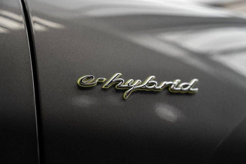 Porsche Cayenne E-Hybrid Sport Design Pakket 22 Turbo Softclose Pano Luchtvering 3.0 E-Hybrid afbeelding 10