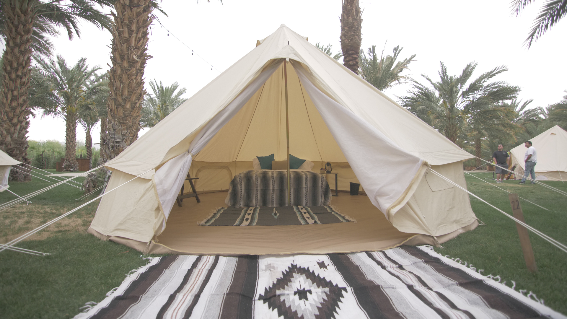 Deluxe Tent ONE BED