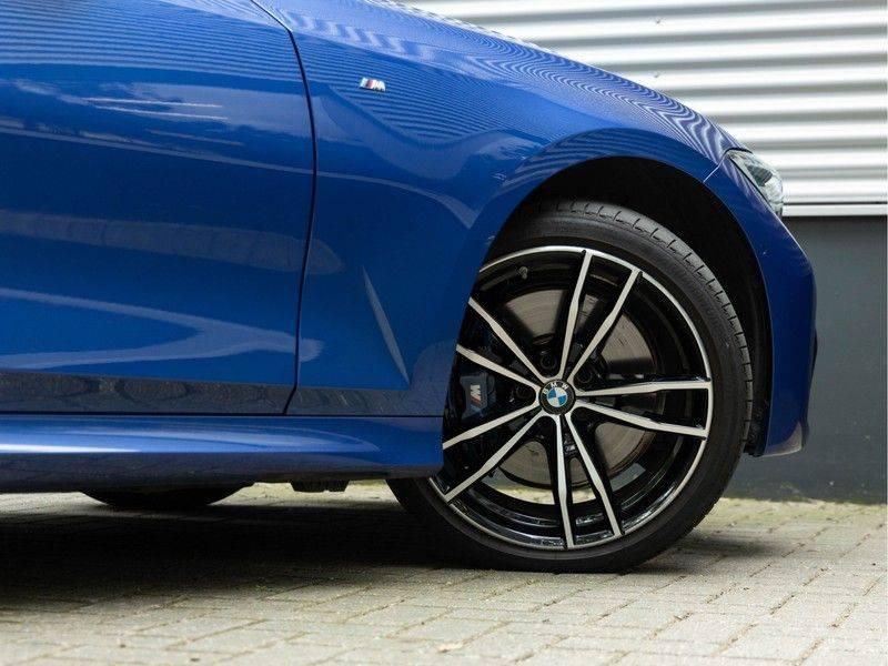 BMW 3 Serie Touring 330i M-Sport - Panorama - Trekhaak - DAB - Harman Kardon afbeelding 10