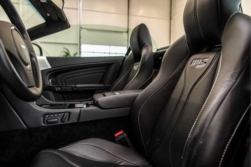 Aston Martin DBS Volante 6.0 V12 Black Carbon Edition afbeelding 7