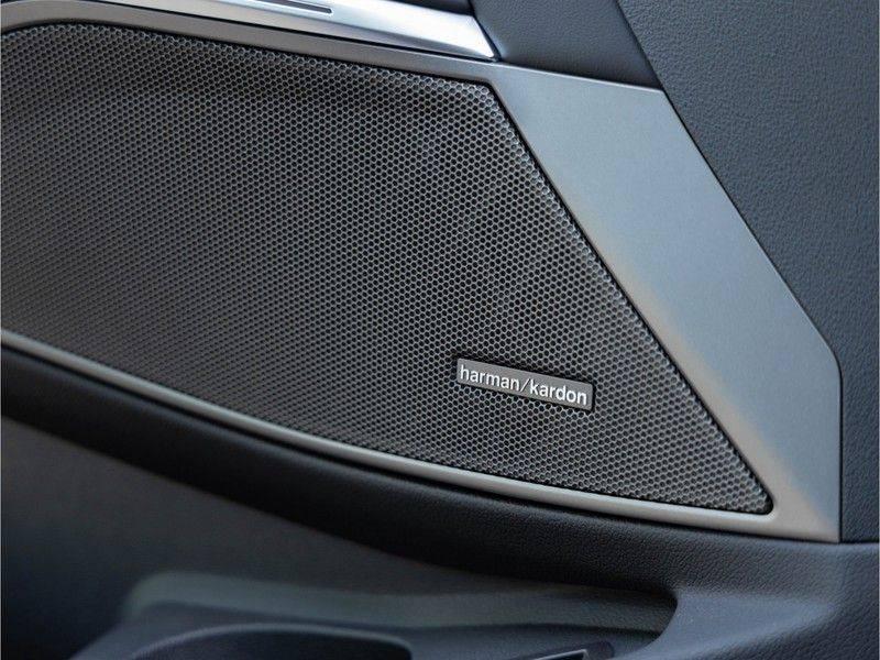 BMW 3 Serie Touring M340i xDrive Individual - Head-up - ACC - Harman Kardon - Panorama afbeelding 22