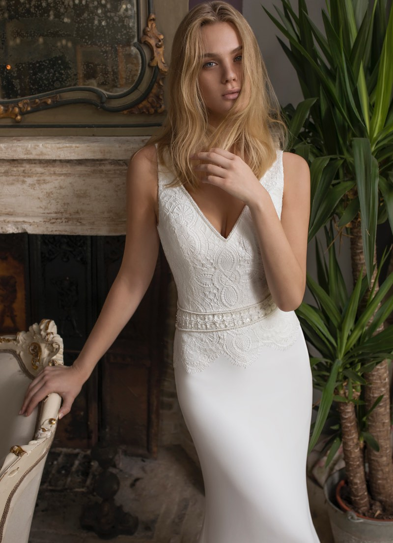 Modeca 2019 Collection Damas wedding dress