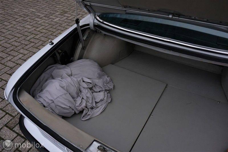 BMW 3.0 CSi coupé | Handgeschakeld | Gerestaureerd afbeelding 25