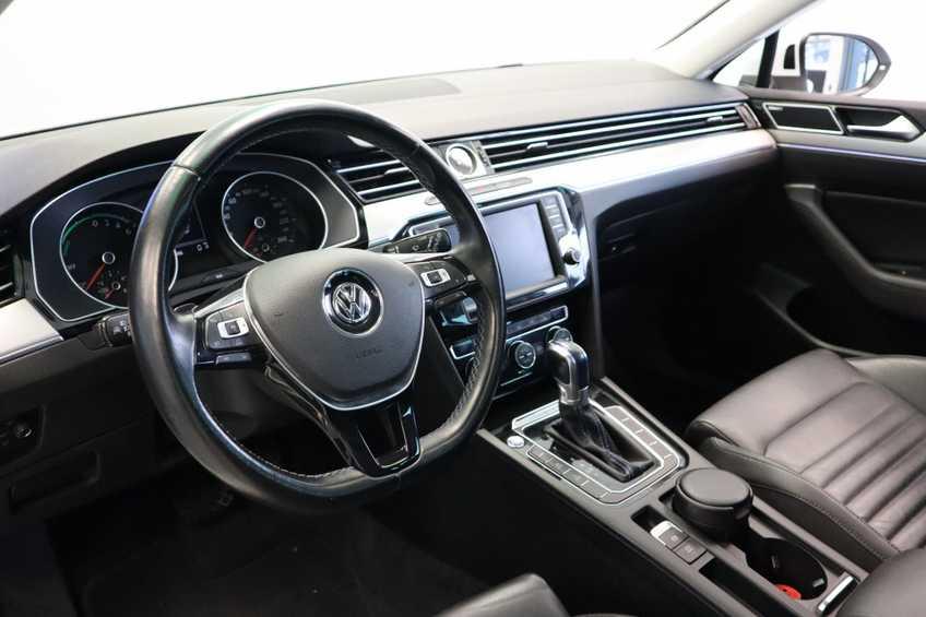 "Volkswagen Passat Variant 1.4 TSI GTE Highline Ex BTW! AD Cruise LED Leder 360 Camera HUD 20""LM afbeelding 12"
