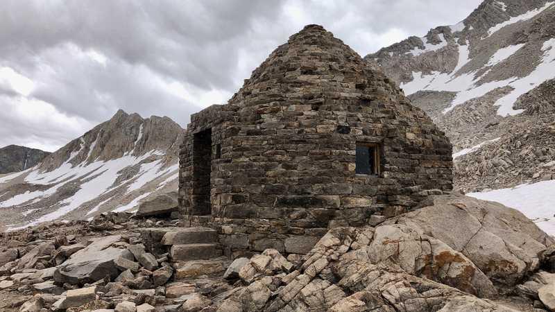 Stone hut at Muir Pass