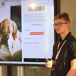 Presenting LekBierz on hackathon's award ceremony.