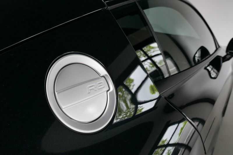 Audi R8 4.2 V8 FSI Quattro Black Edition afbeelding 13