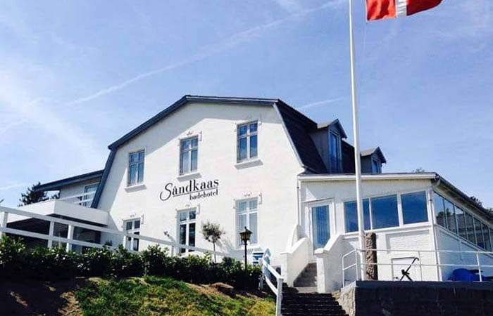 sandkaas badehotel facade