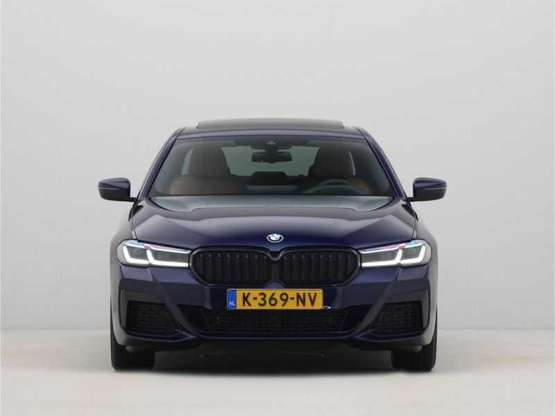 BMW 5 Serie Sedan 530i High Executive M-Sport Automaat afbeelding 12