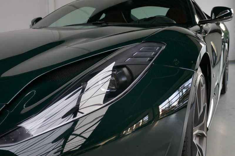 Ferrari 812 6.5 V12 Superfast Carbon in & exterieur - JBL - Camera afbeelding 5