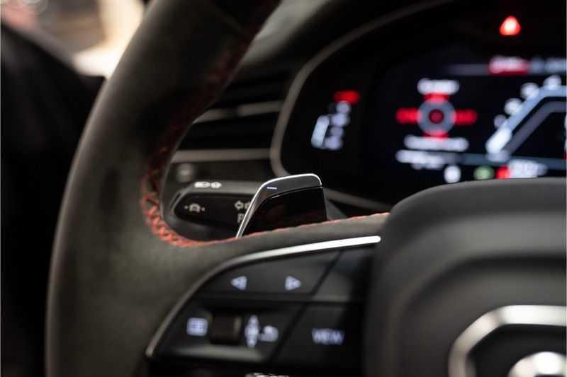 Audi RS Q8 quattro 4.0 TFSI BTW-CARBON-CERAMIC-PANO afbeelding 13