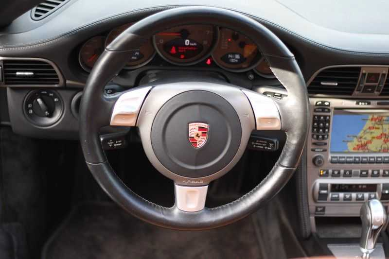Porsche 911 Cabrio 3.6 Carrera Tip-tronic afbeelding 11