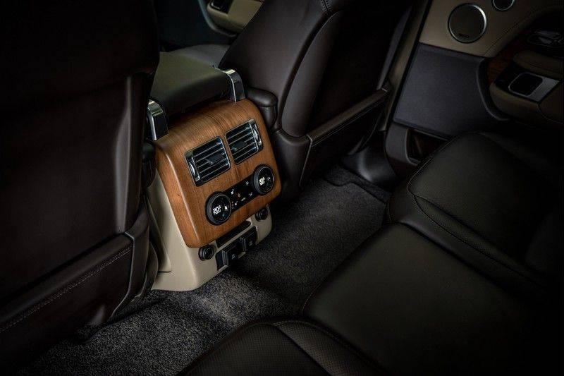 Land Rover Range Rover 4.4 SDV8 Black Pack | Panorama | Head-up Display | Trekhaak | Ambient lighting afbeelding 23