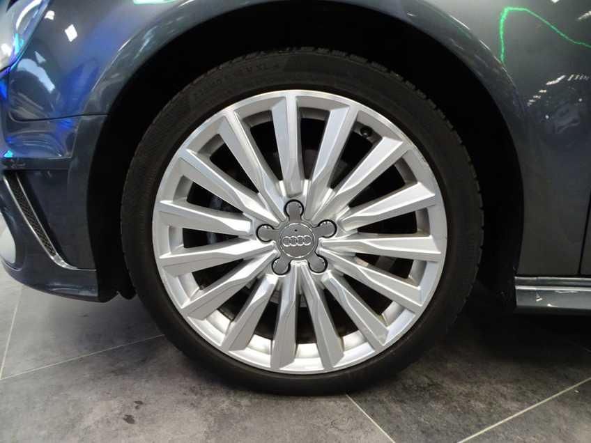 """Audi A3 Sportback EX BTW 1.4 e-tron PHEV Ambition Pro Line plus Panoramadak  Navigatie Clima Cruise 18""""LM afbeelding 4"""