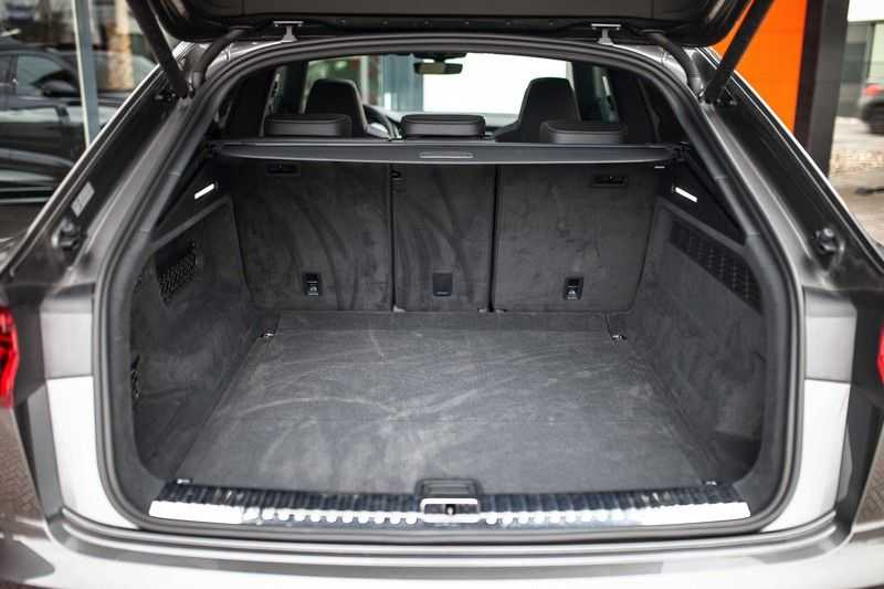 """Audi Q8 50 TDI Quattro *S-line / 23"""" / Panorama / Matrix-LED / Standkachel* afbeelding 22"""