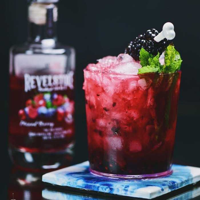 Mountain Bramble Cocktail