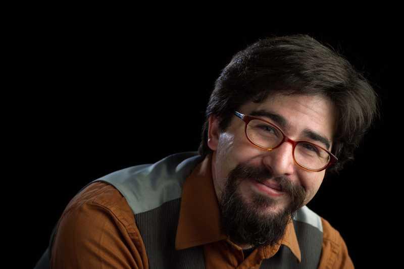 portrait of Adam Spencer