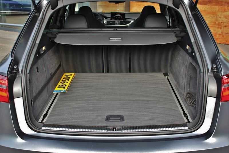 Audi RS6 4.0 V8 560pk Quattro **Carbon in.ext./HUD/Pano.dak/ACC/Bang.Olufsen** afbeelding 25