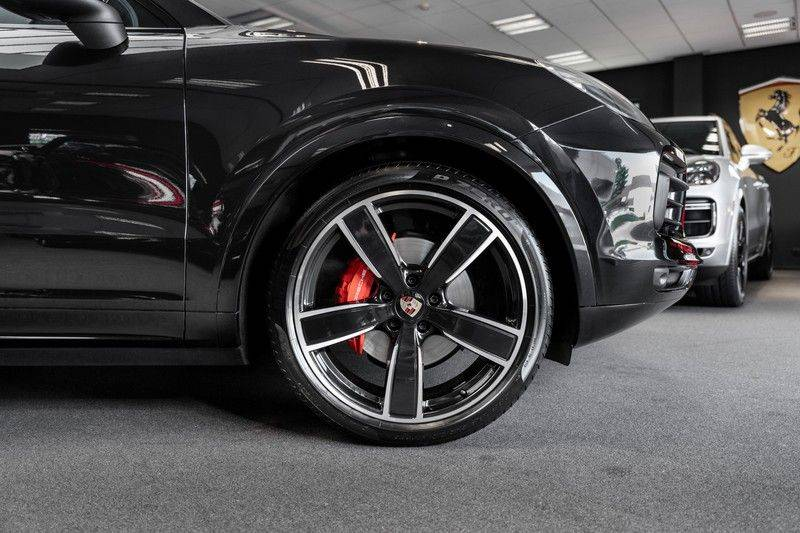 Porsche Cayenne Coupé Hybrid 22 Turbo Luchtvering Surround Camera ACC 3.0 E-Hybrid afbeelding 5