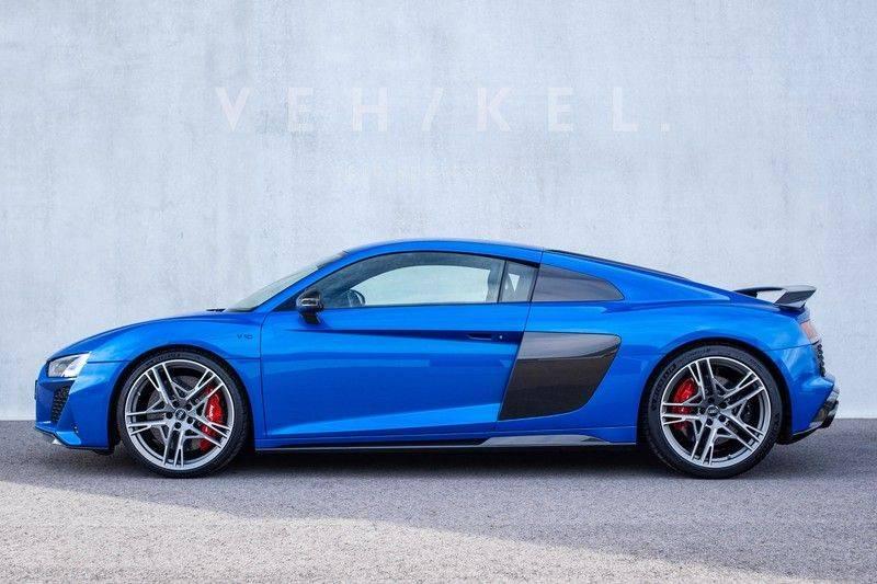 Audi R8 5.2 performance quattro // Ara Blue afbeelding 4