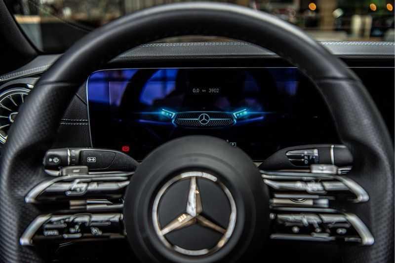 Mercedes-Benz E-Klasse Cabrio 300 AMG   Nieuw Model!   Head-up Display   Memory   Drivers Package   afbeelding 17