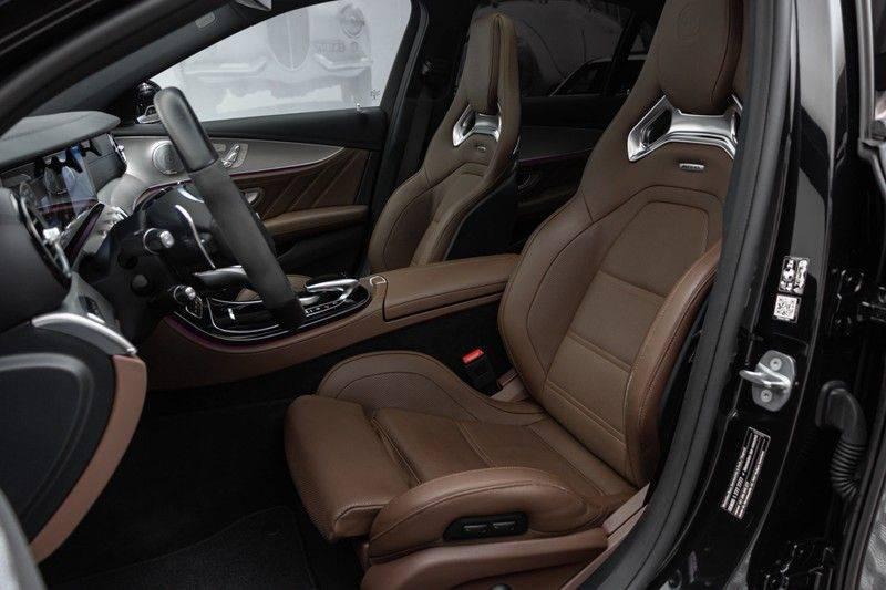 """Mercedes-Benz E-Klasse E63s AMG 4Matic 612pk Panoramadak Distronic Schaalstoelen Burmester ComandOnline Keyless 20"""" Parktronic Pdc VerlengdeGarantie t/m 03/2022 afbeelding 2"""