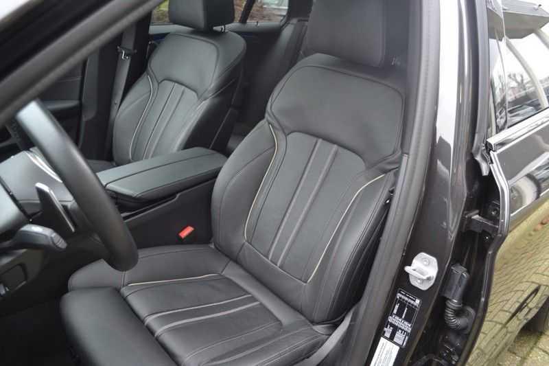 BMW 5 Serie 530i High Executive M-Sport / Pano Dak / ACC / Hud afbeelding 5