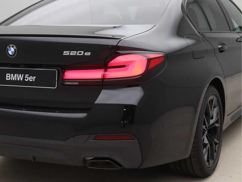 BMW 5 Serie 520e Sedan High Exe M-Sport Hybrid afbeelding 15