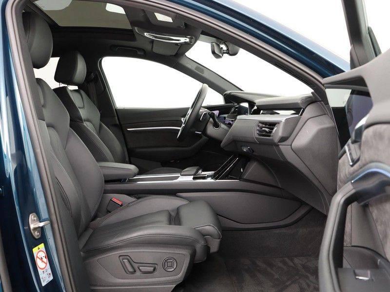 Audi e-tron 55 Quattro Incl. BTW | +/- €130 netto bijtelling| Camerabeeld spiegels | Adapt. Cruise | NAVI | Head-Up Display | 21 Inch | Matrix LED | 360 Camera | B&O | DAB | Keyless-Entry | Pano-Dak | afbeelding 21