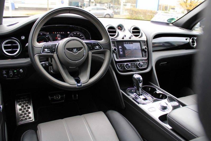 Bentley Bentayga 4.0 D 7p, Rear seat entertainment afbeelding 3