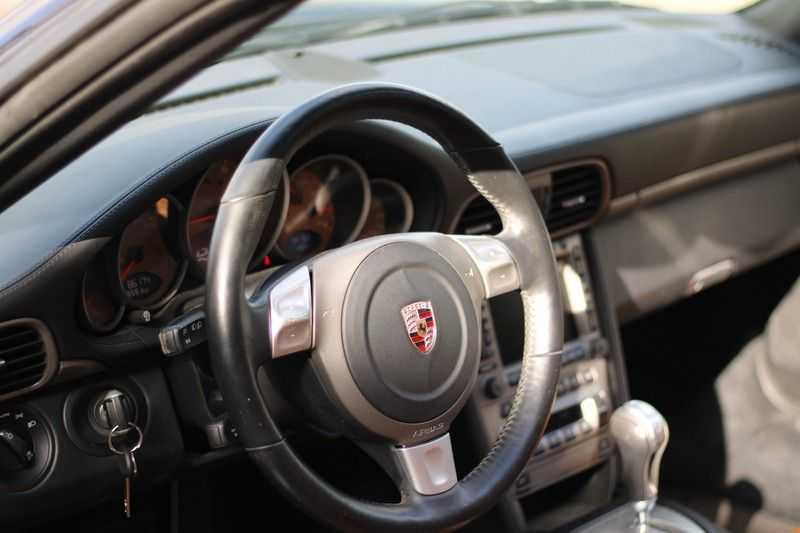 Porsche 911 Cabrio 3.6 Carrera Tip-tronic afbeelding 12
