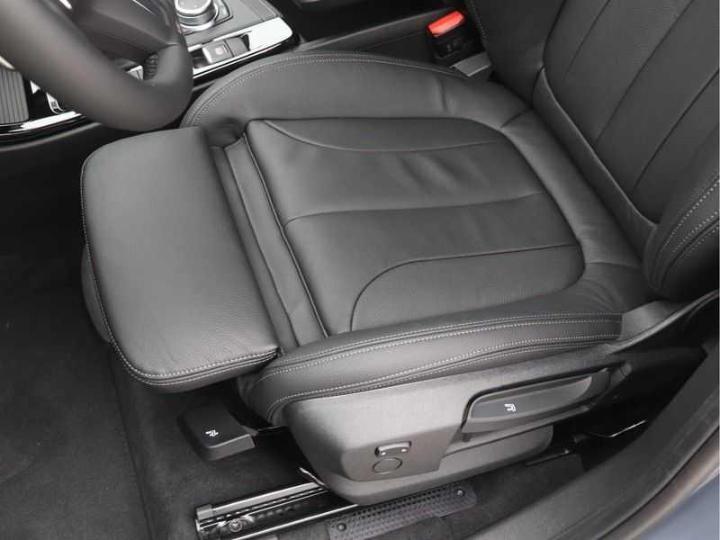 BMW X1 sDrive 20i High Executive M-Sport Automaat afbeelding 14