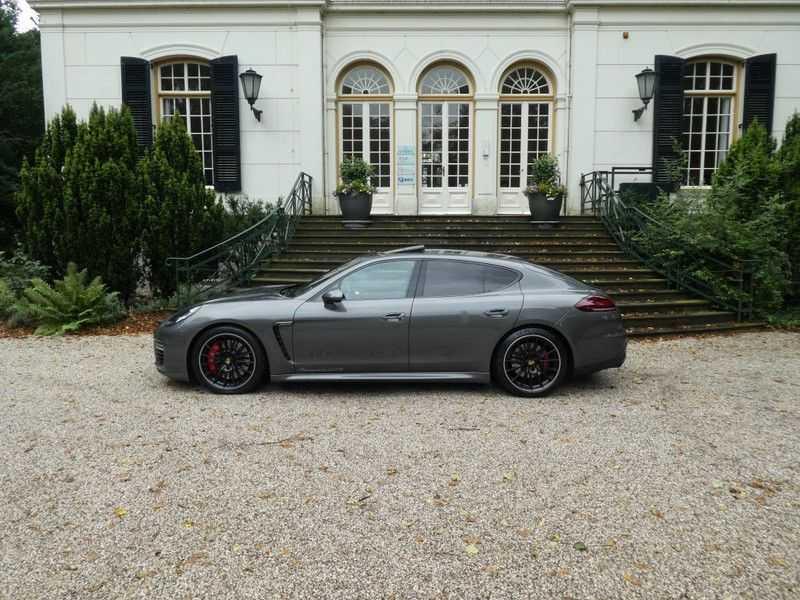 Porsche Panamera 4.8 GTS afbeelding 10