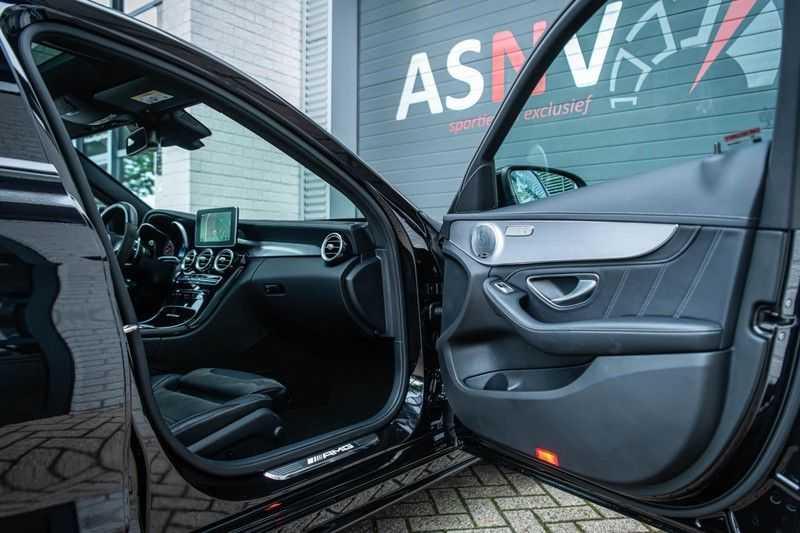Mercedes-Benz C-Klasse 63 AMG, 476 PK, Pano/Dak, Distronic, Night/Pakket, Burmester, LED, Keyless, 30DKM, Nieuwstaat, BTW!! afbeelding 4